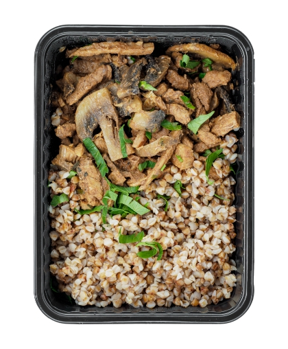 Говядина с грибами и гречкой